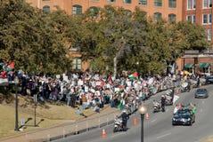 peacefullprotesten kriger Arkivfoto