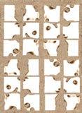 Peaces van document op het zand. Royalty-vrije Stock Afbeeldingen