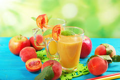 Peach and apple smoothie Royalty Free Stock Photography