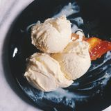 Peach galette with lavander ice cream Royalty Free Stock Photography