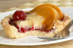 Peach melba tart Royalty Free Stock Photography