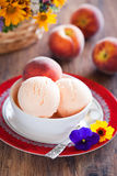 Peach yogurt ice cream Royalty Free Stock Photos