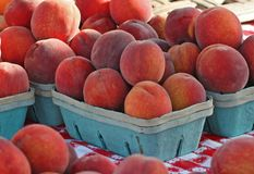 Peaches. Fresh peaches at farmers' market stock photos
