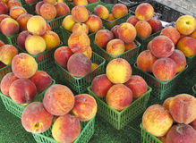Peaches For Sale At Outdoor Market Royalty Free Stock Image