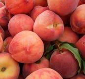 peaches organicznych fotografia stock