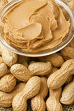 Peanut butter and peanuts Royalty Free Stock Photos