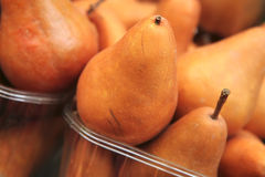 Pear heap on open market Royalty Free Stock Images