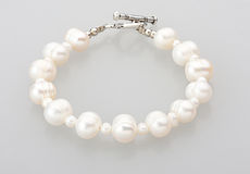 Pearl bracelet isolated  Stock Photography