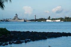 Pearl Harbor με το μνημείο USS Αριζόνα και το θωρηκτό USS Μισσούρι Στοκ Εικόνες