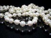 Pearl Necklace On Black Royalty Free Stock Photography