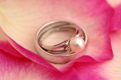 pearl pierścionek Zdjęcia Stock