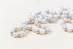 Pearls beads Royalty Free Stock Photos