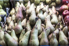 Pears in farmers market Stock Photos