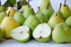 Pears på vitbakgrund royaltyfri foto