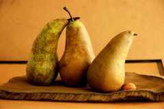 Pears and wallnuts Royalty Free Stock Images