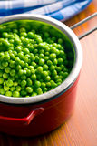 Peas in colander Royalty Free Stock Photography