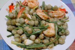 Peas, fried shrimp Stock Images