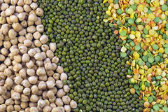 Peas, lentils, mung beans and chickpeas Royalty Free Stock Photography