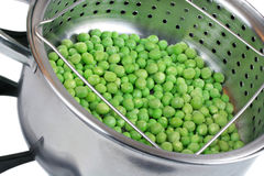 Peas in Steamer Pan Stock Images