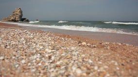 Pebble Beach des Schwarzen Meers stock video footage
