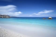 Pebble Beach på en grekisk ö Arkivfoton