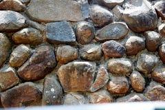 Pebbled stenvägg Royaltyfria Foton