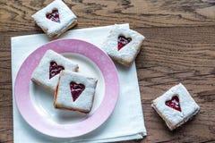 Pecan ciastka z Czereśniowym plombowaniem Obrazy Royalty Free