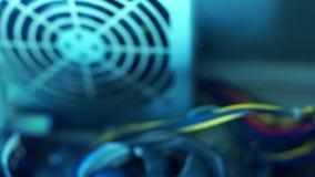 PECETÓW składniki w pyłu dodatku w górę fan źródło zasilania r Pył i brud latamy przy powietrze w soft zbiory wideo