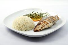 Pecho de pollo asado a la parilla con arroz hervido Imagen de archivo libre de regalías