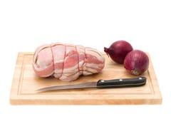 Pecho de pollo relleno envuelto en tocino Fotografía de archivo libre de regalías