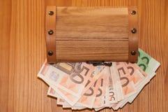 Pecho del dinero Fotografía de archivo libre de regalías