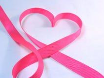 Pecho, símbolo del cáncer del corazón/día Imagen de archivo