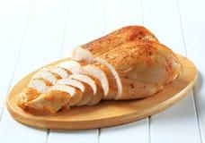Pechos de pollo de carne asada fotos de archivo