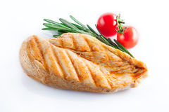 Pechuga de pollo asada a la parrilla en blanco Fotos de archivo