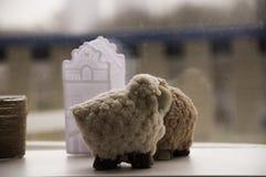 Pecore nel prato Fotografia Stock Libera da Diritti