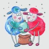 Pecore sveglie con la palla di Natale Immagini Stock