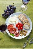Pecorino乳酪用梨和果酱 意大利开胃菜 库存照片