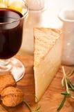 Pecorino Toscano (queso toscano de las ovejas) Imagen de archivo