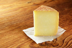 Pecorino typisk italiensk ost Arkivbild