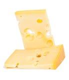 Pedaço isolado do queijo fotografia de stock royalty free