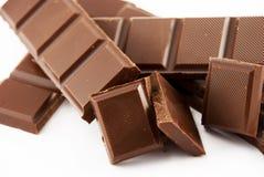 pedaços da ruptura do chocolate imagens de stock royalty free