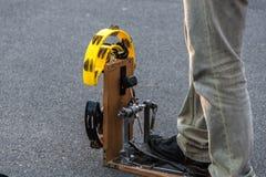 Pedal mit Tamburinen und Stoß Lizenzfreies Stockfoto