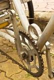 Pedale stabilito della vecchia manovella della bicicletta Fotografie Stock Libere da Diritti