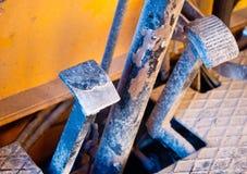 Pedalen van een vorkheftruck bestaand uit rem en versneller royalty-vrije stock fotografie