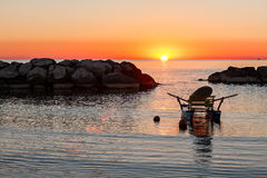 Free Pedalo Moored In The Sea During The Sunrise Stock Photo - 93728600