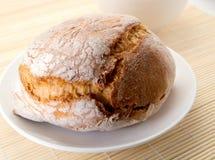 Pedazo de pan curruscante fotografía de archivo libre de regalías