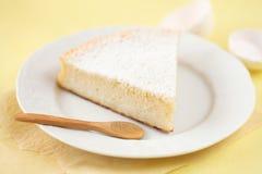 Pedazo de Sugar Milk Cake dulce  Imágenes de archivo libres de regalías