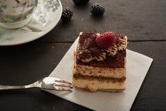 Pedazo de torta delicioso Foto de archivo