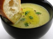 Pedazo del pan y de la sopa Fotos de archivo libres de regalías