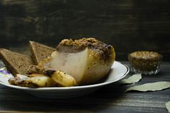 Pedazo salado de manteca de cerdo fotos de archivo libres de regalías